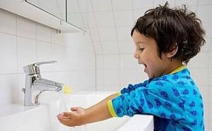 3岁宝宝洗手